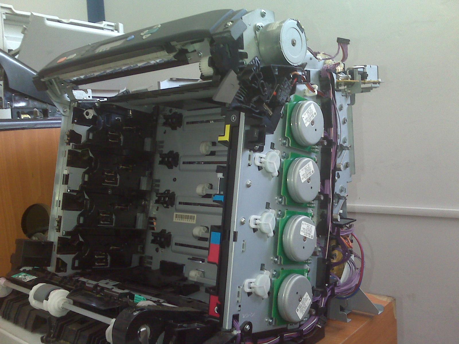 Limpiar espejos de la Impresora Hp 3600n para Corregir impresión ...